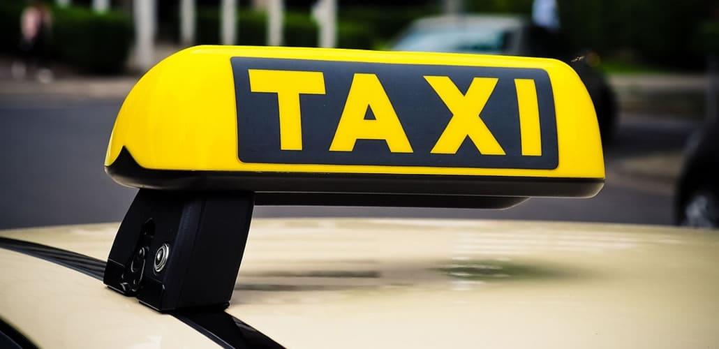 corsie preferenziali di taxi e ncc